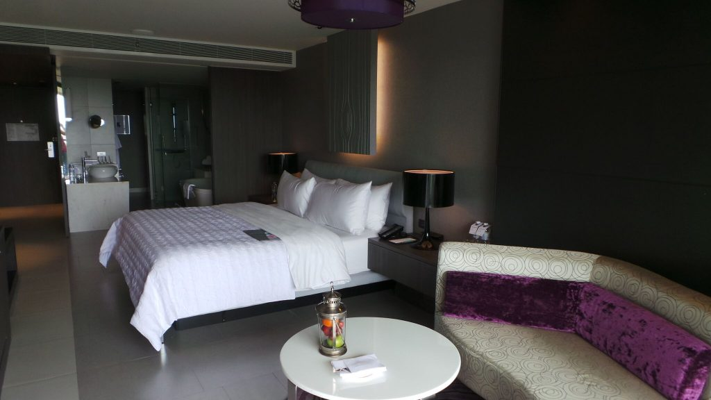 Le Meridien Bangkok Airport Hotel Grande Club Room