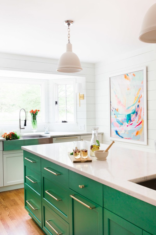 bright green kitchen island. Image source stylemepretty.com