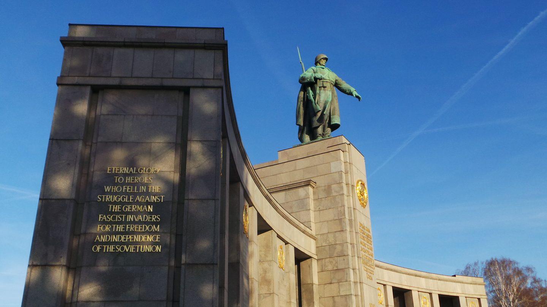 Soviet War Monument (Tiergarten) Berlin